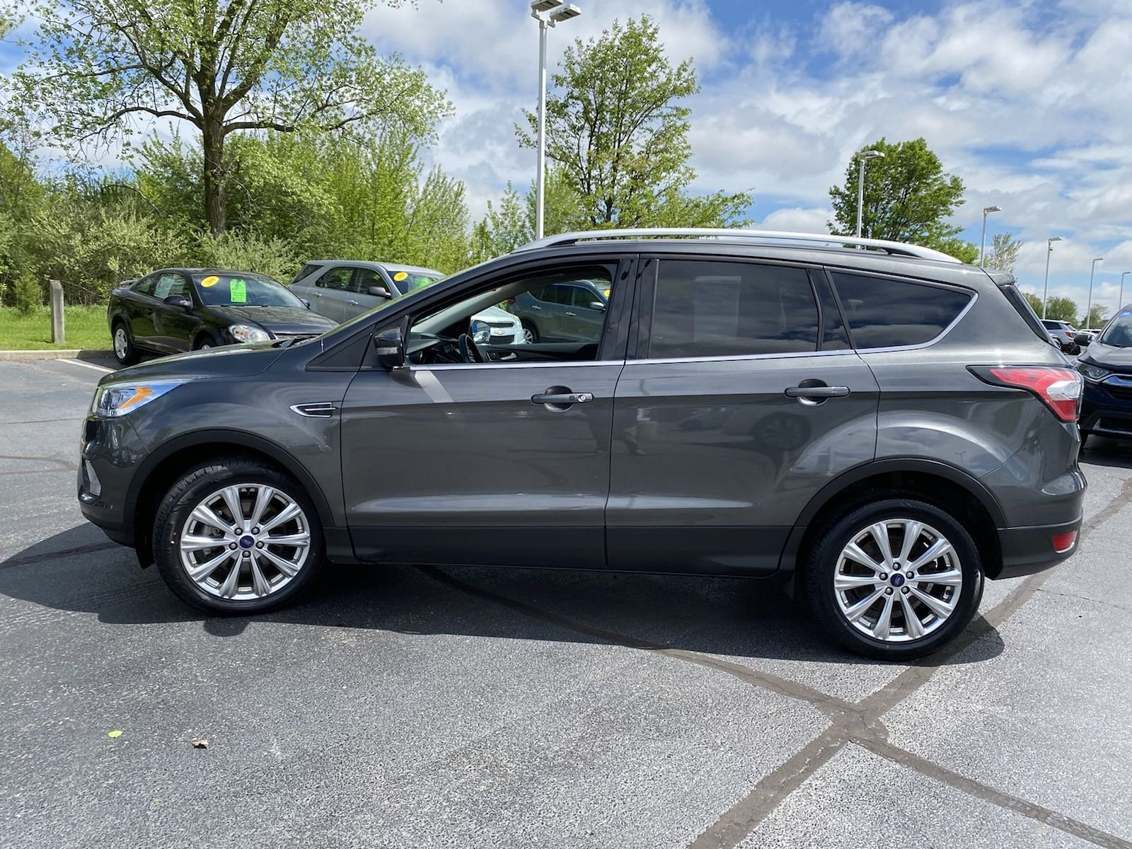 Pre-Owned 2017 Ford Escape Titanium